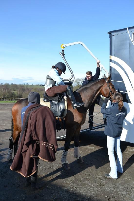 para-rider-horse-riding-lifts.JPG