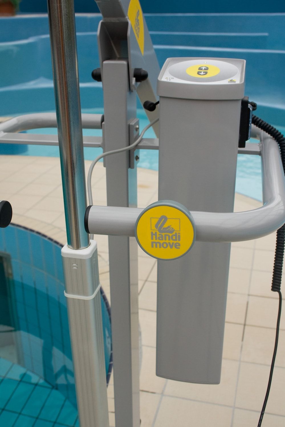 handi-move-pool-lift-control-box.jpg
