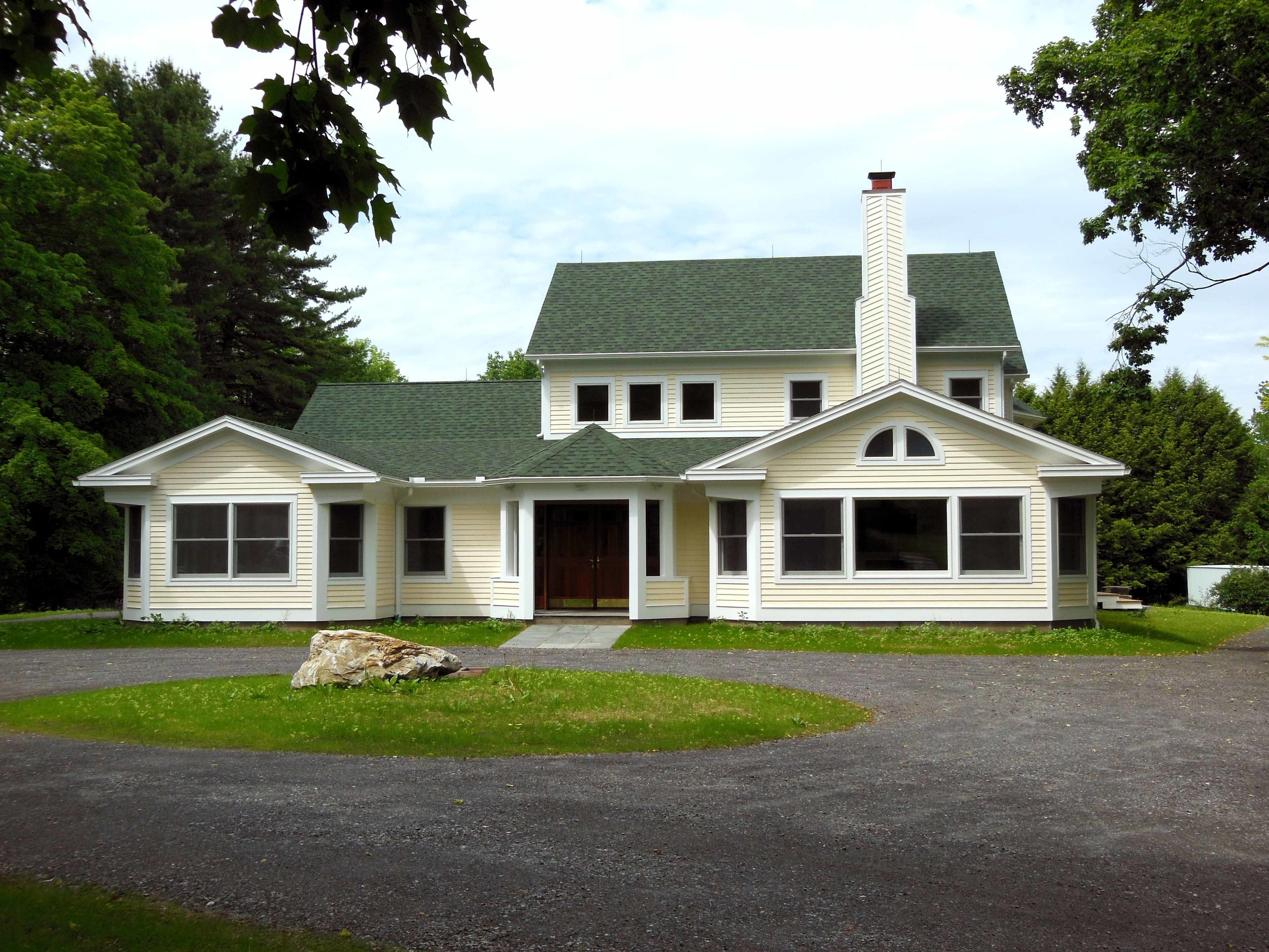"""FARMHOUSE ADDITION, STOCKBRIDGE,MA   Designed to replicate an Adirondack style cottage, this three bedroom house has an open plan Living-Dining-Kitchen area on the first floor. A second open """"Living Area"""" is ensconced by the children's bedrooms."""