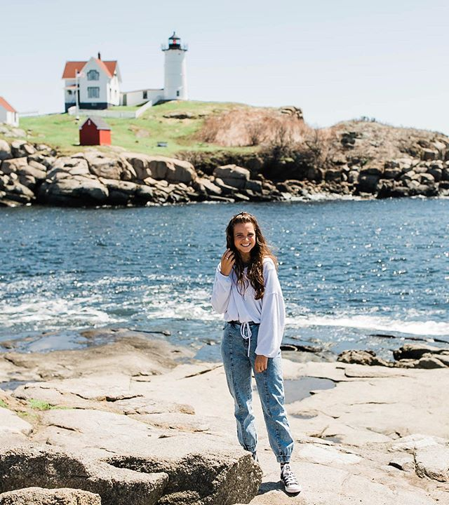 Nubble Light was the Maine highlight of my day 😉 Maine, you are the best place ever, minus winter.