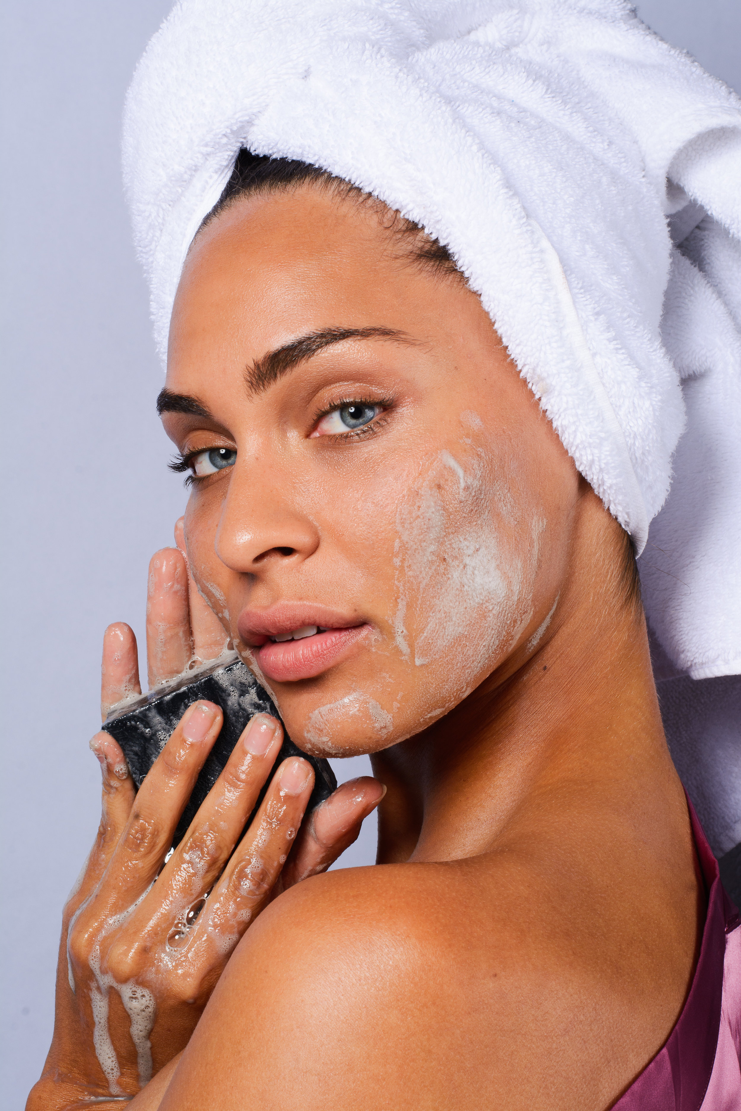 Sanara  Activated Charcoal Soap
