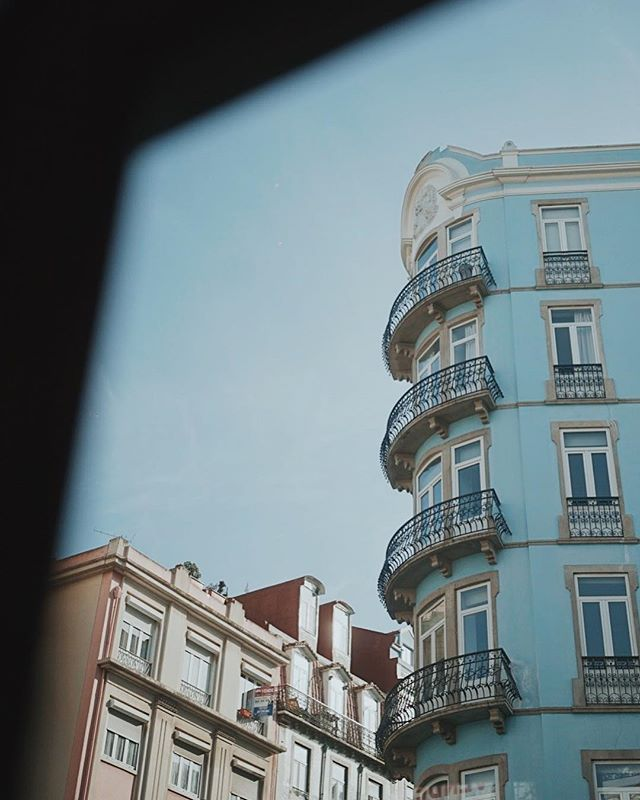 Viewpoint • • #lisboa #photography #diary #etczine #etczine