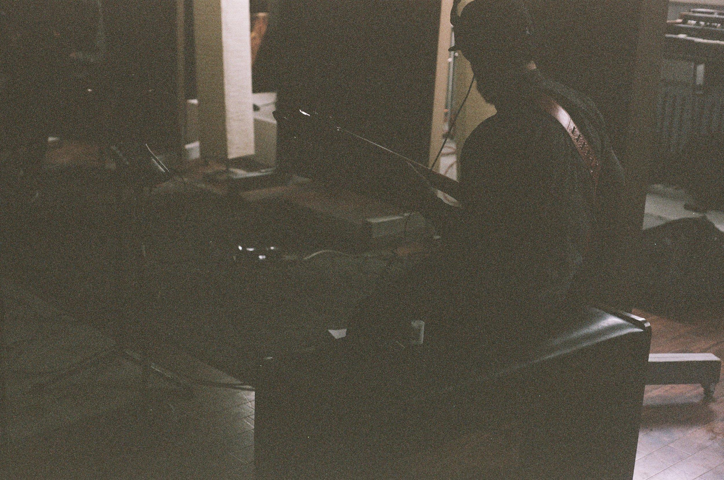 The Moonlight Club Breakglass Studios Montréal9.jpg