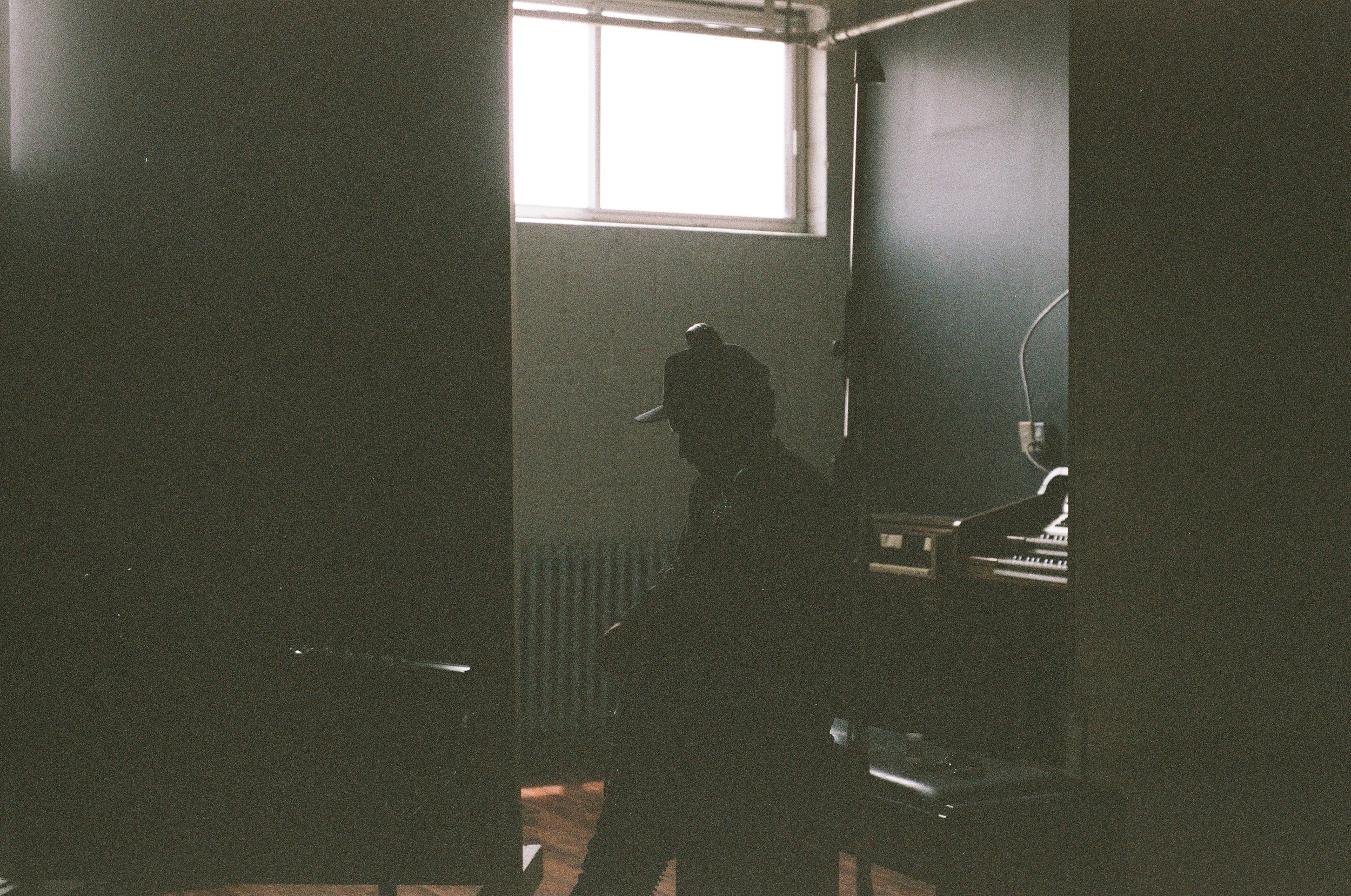 The Moonlight Club Breakglass Studios Montréal10.jpg
