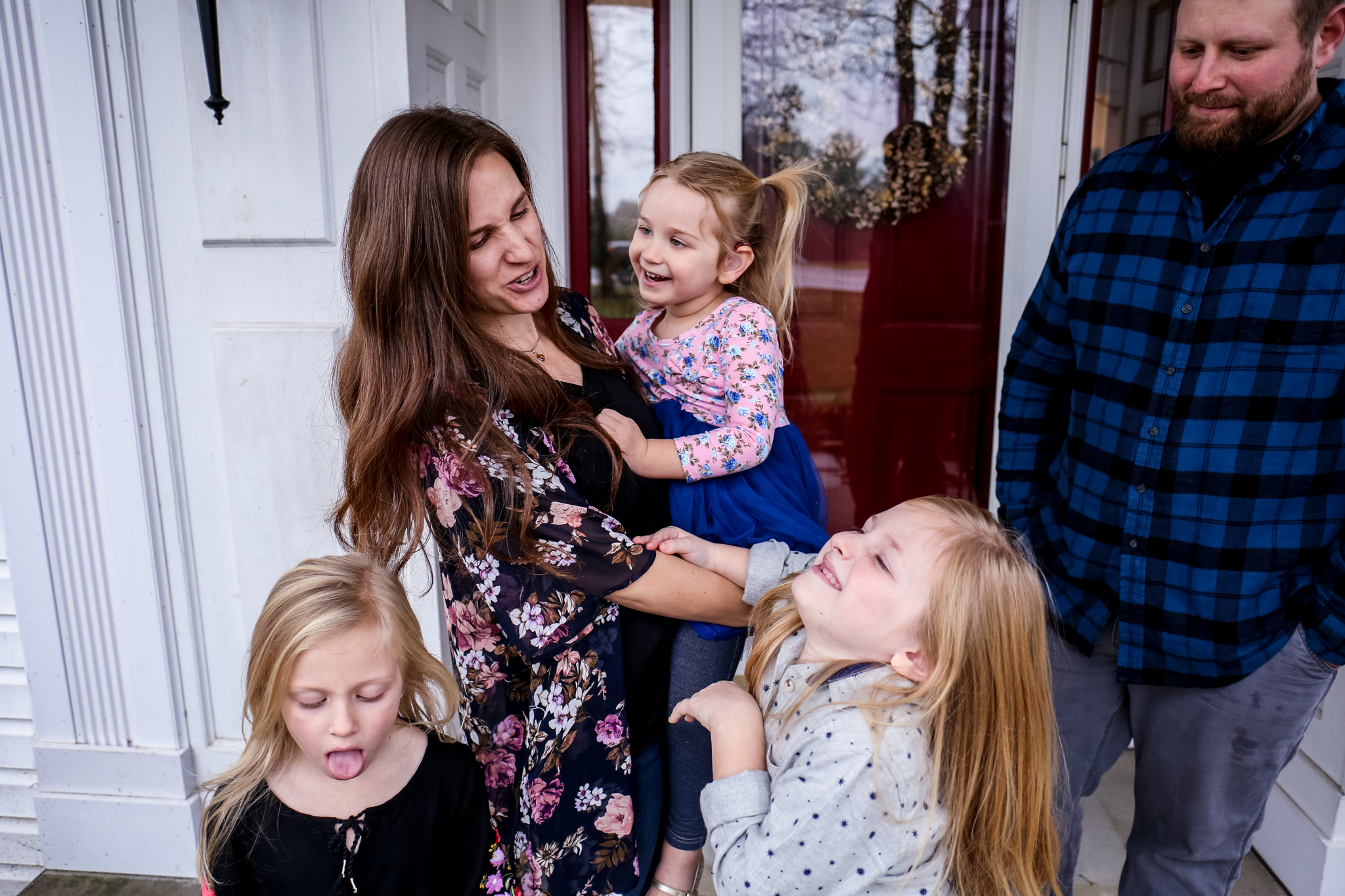Untraditional family portraits in Lehigh Valley, Pennsylvania.