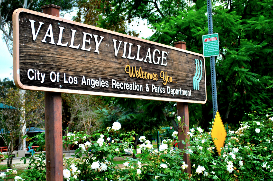 Valley Village Los Angeles Fence Builders.png
