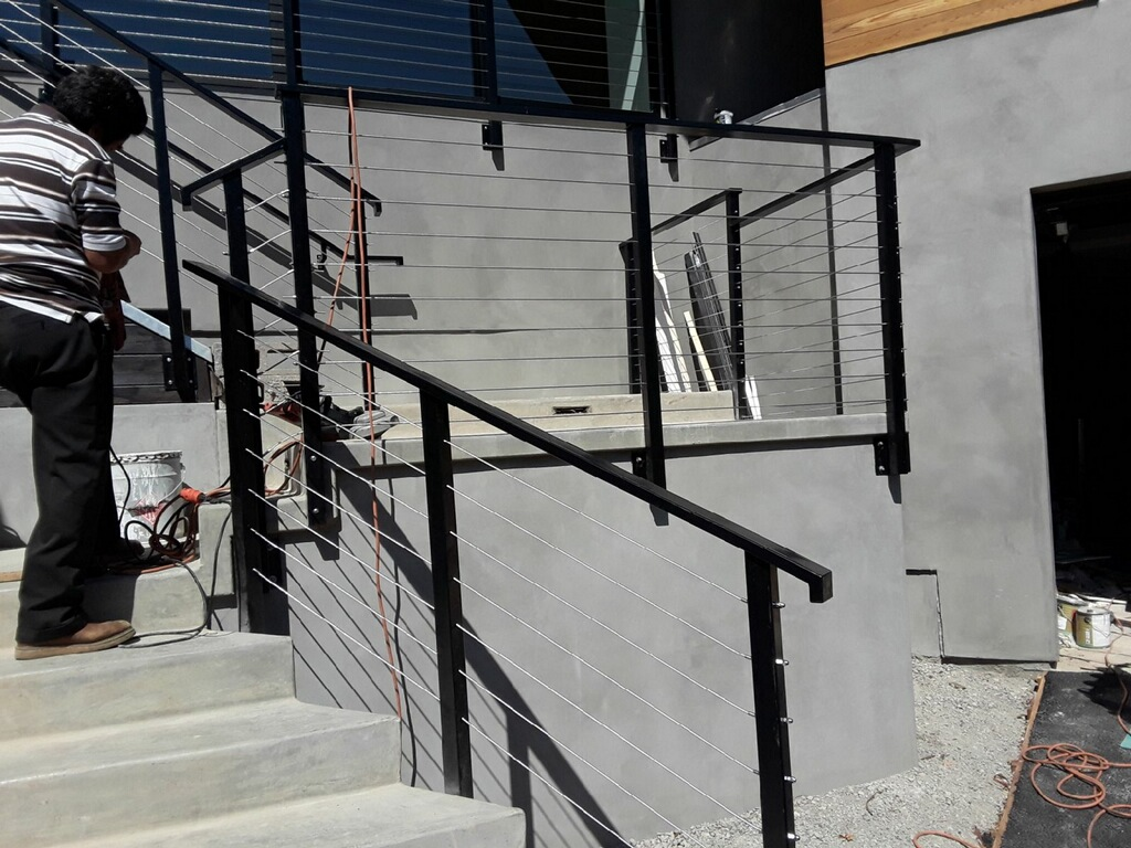 Cable Rails Los Angeles Fence Builders.JPG