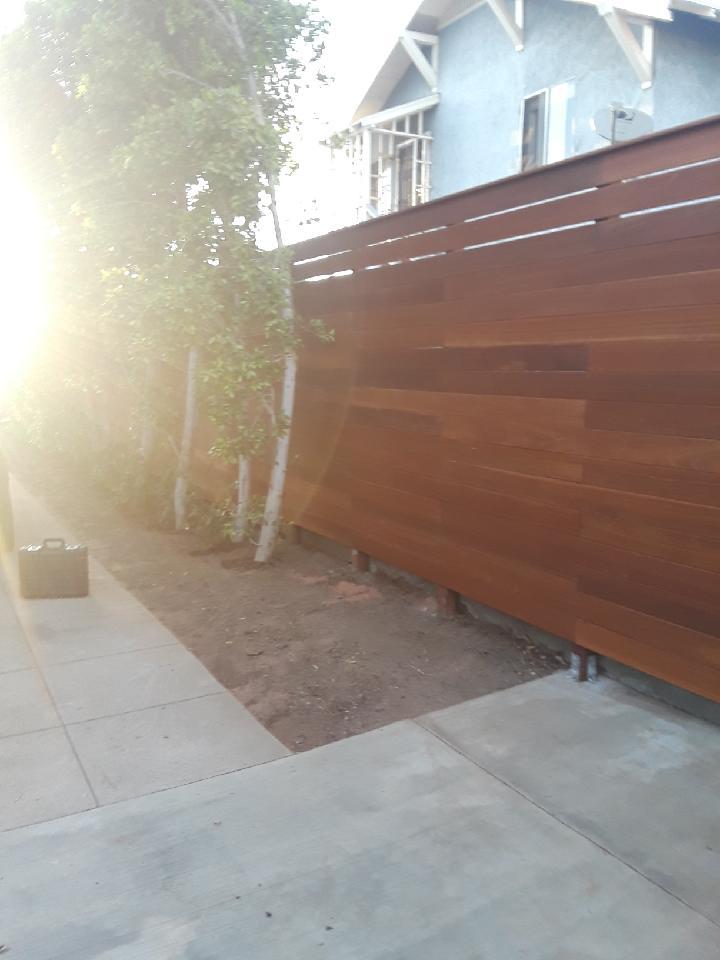Los Angeles Fence Builders Horizontal Fence.JPG