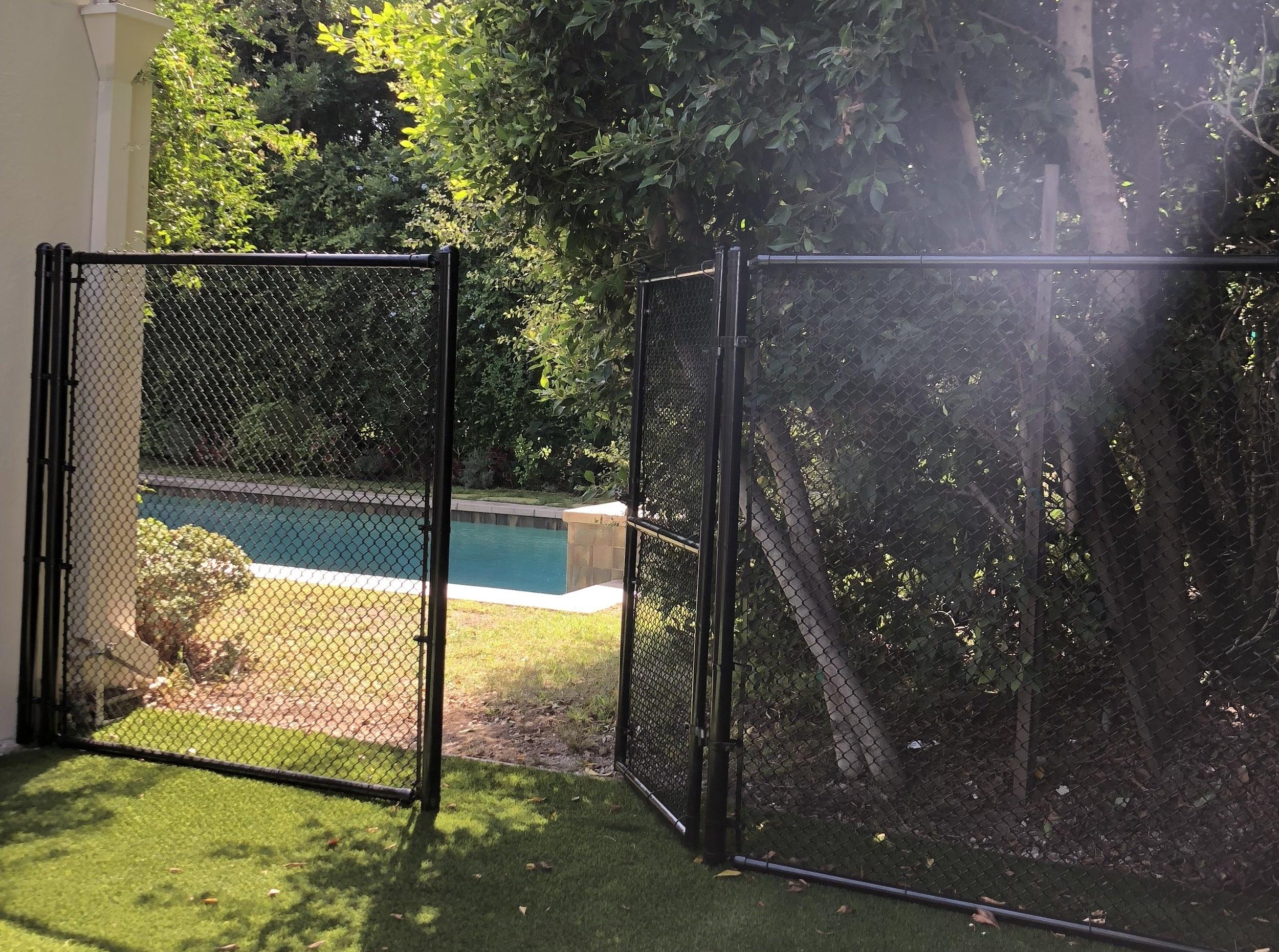 Chain Link LA Fence Builders.jpeg