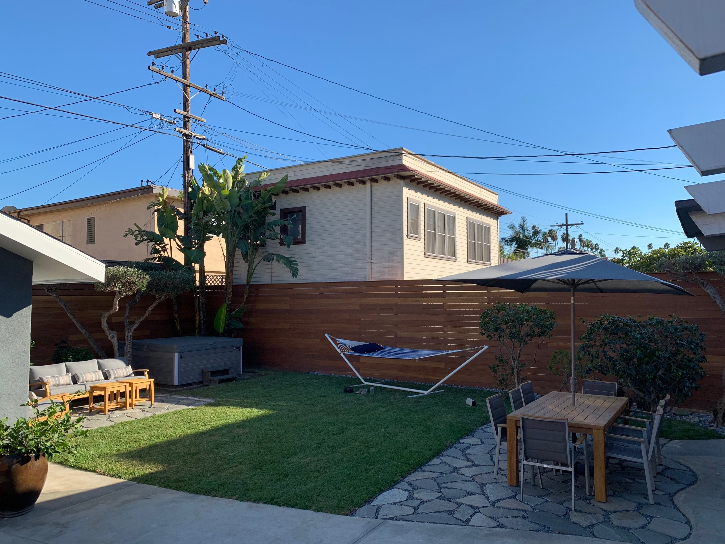 Los Angeles Fence Builders Horizontal Fence.jpeg