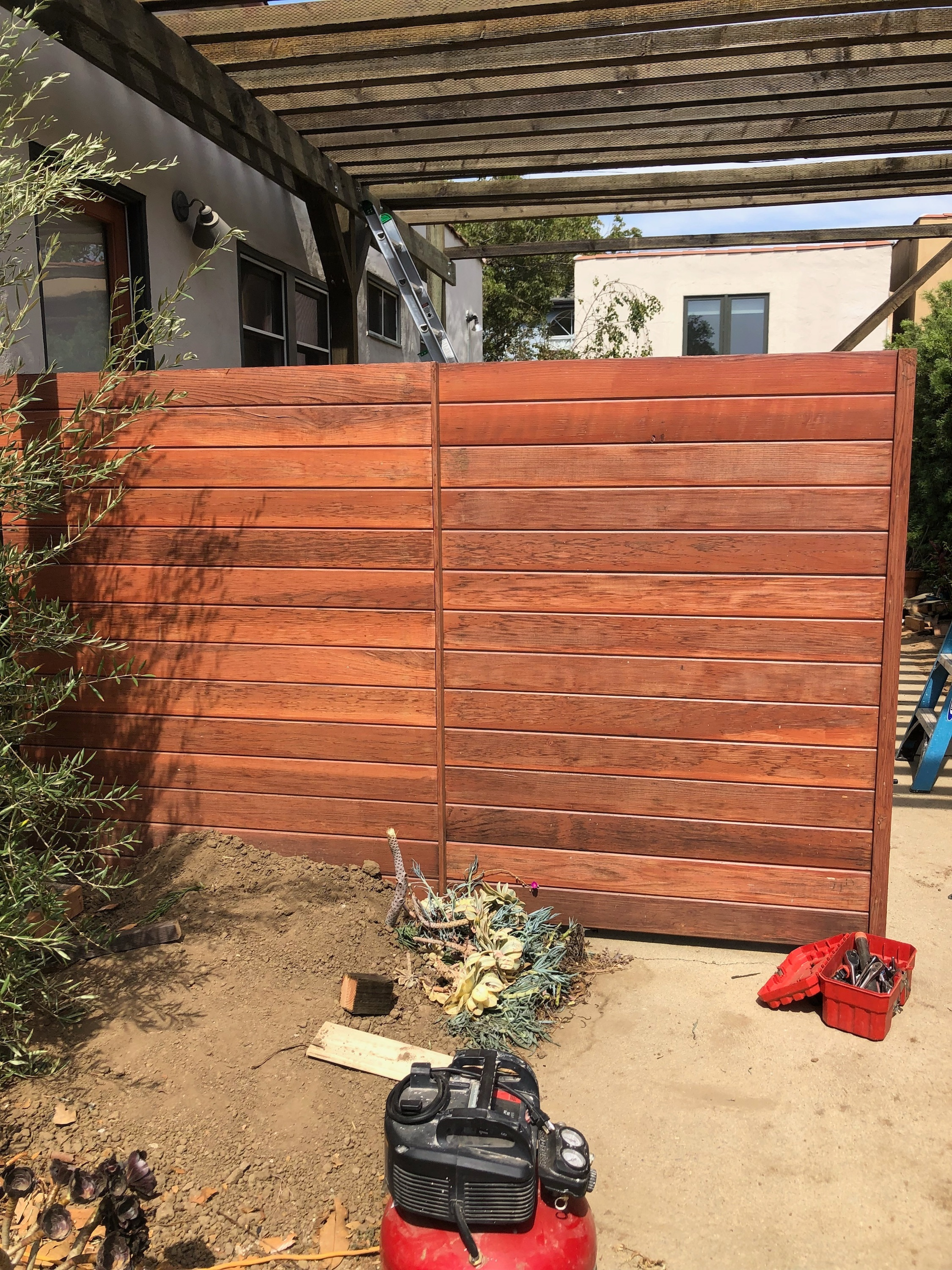Tongue+and+Groove+Pergola+Driveway+Gate+Los+Angeles+Fence+Builders+.jpg