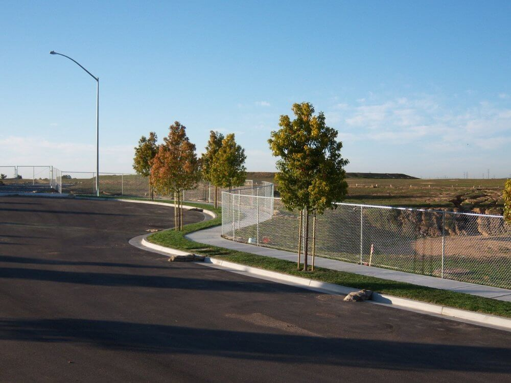 Property+Line+Chain+Link+Fence+-+Los+Angeles+Fence+Builders.jpg