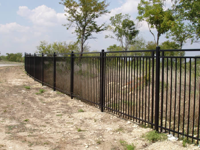 wrought iron fence Los Angeles Fence Builders 2.jpg