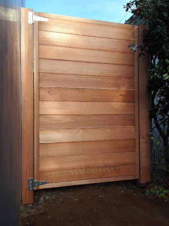 Entry Gate - Los Angeles Fence Builders.JPG