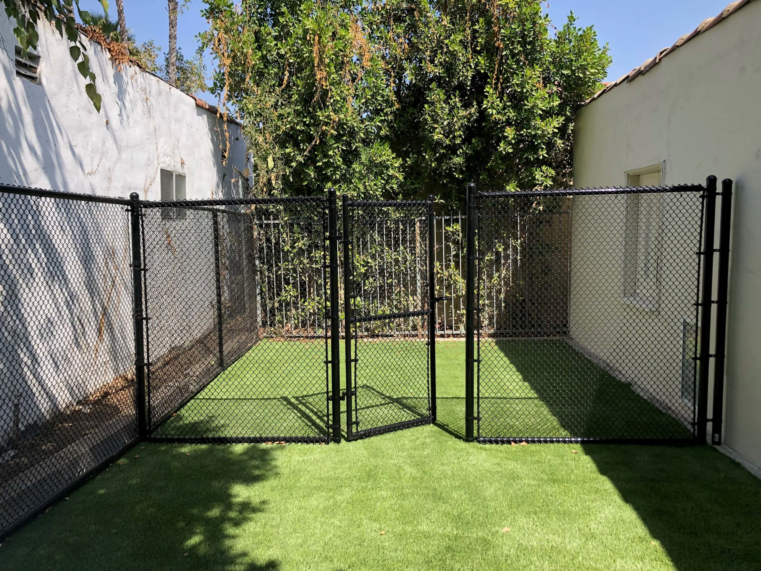 Los Angeles Fence Builders Vinyl Coated Chain Link .jpeg