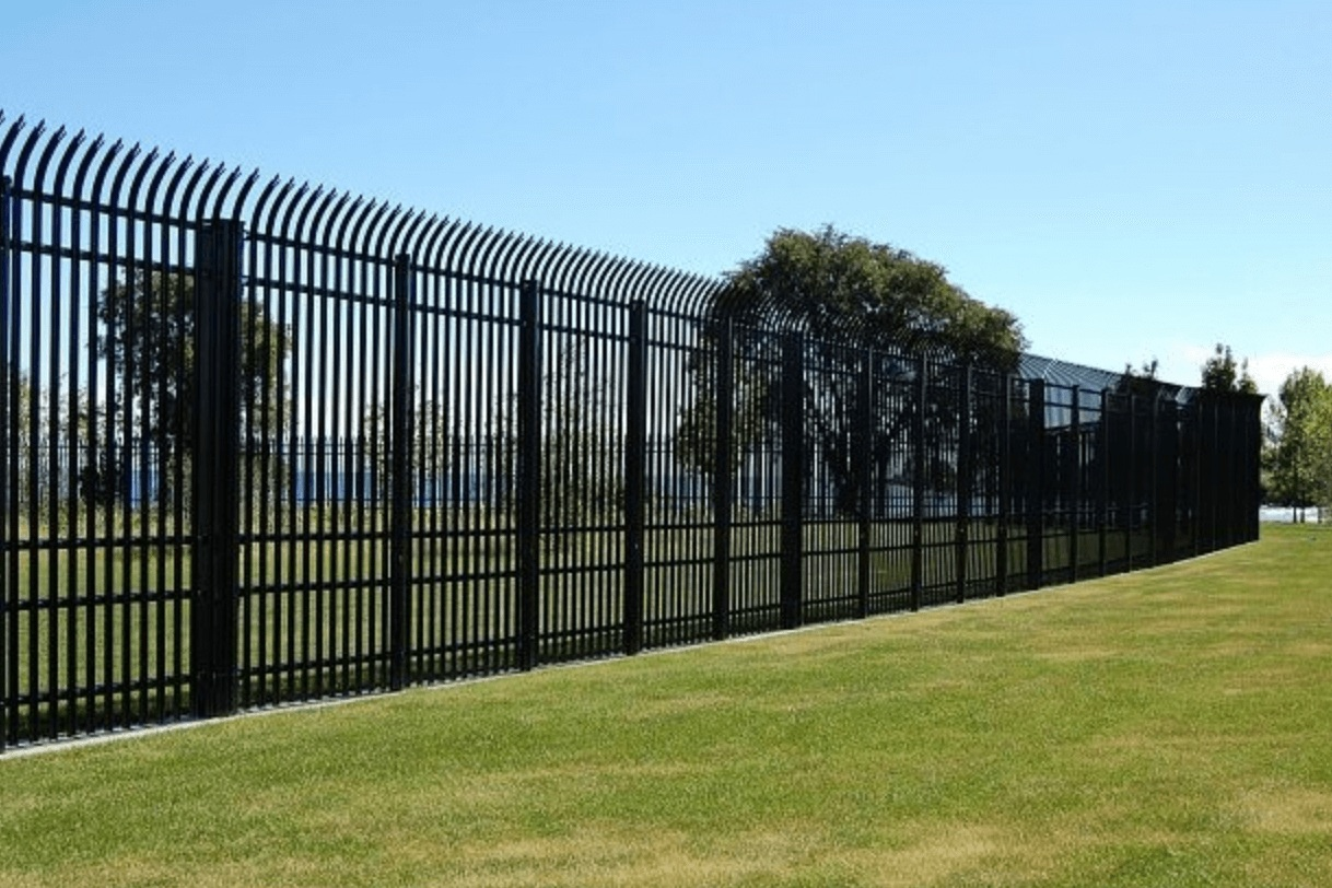 Security+Wrought+Iron+Fence+-+Los+Angeles+Fence+Builders.jpg