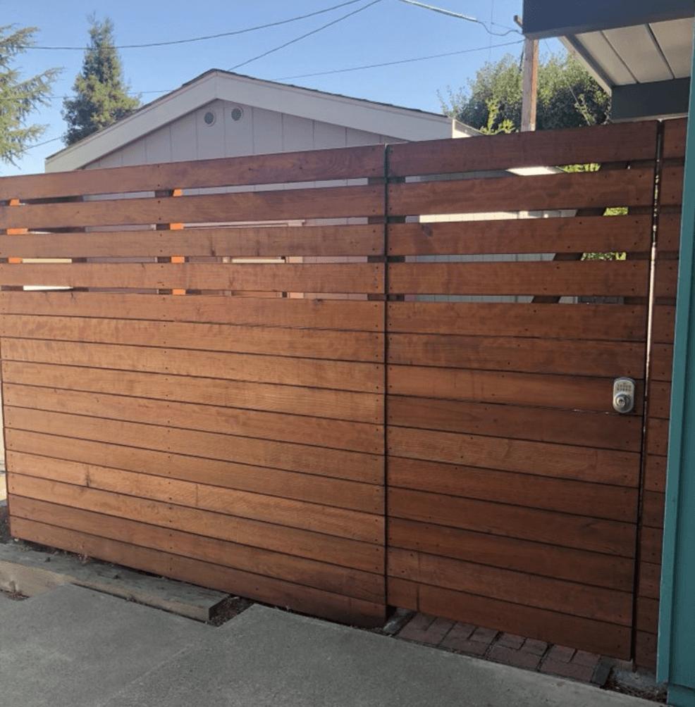 Horizontal Wood Frame - LA Fence Builders.png