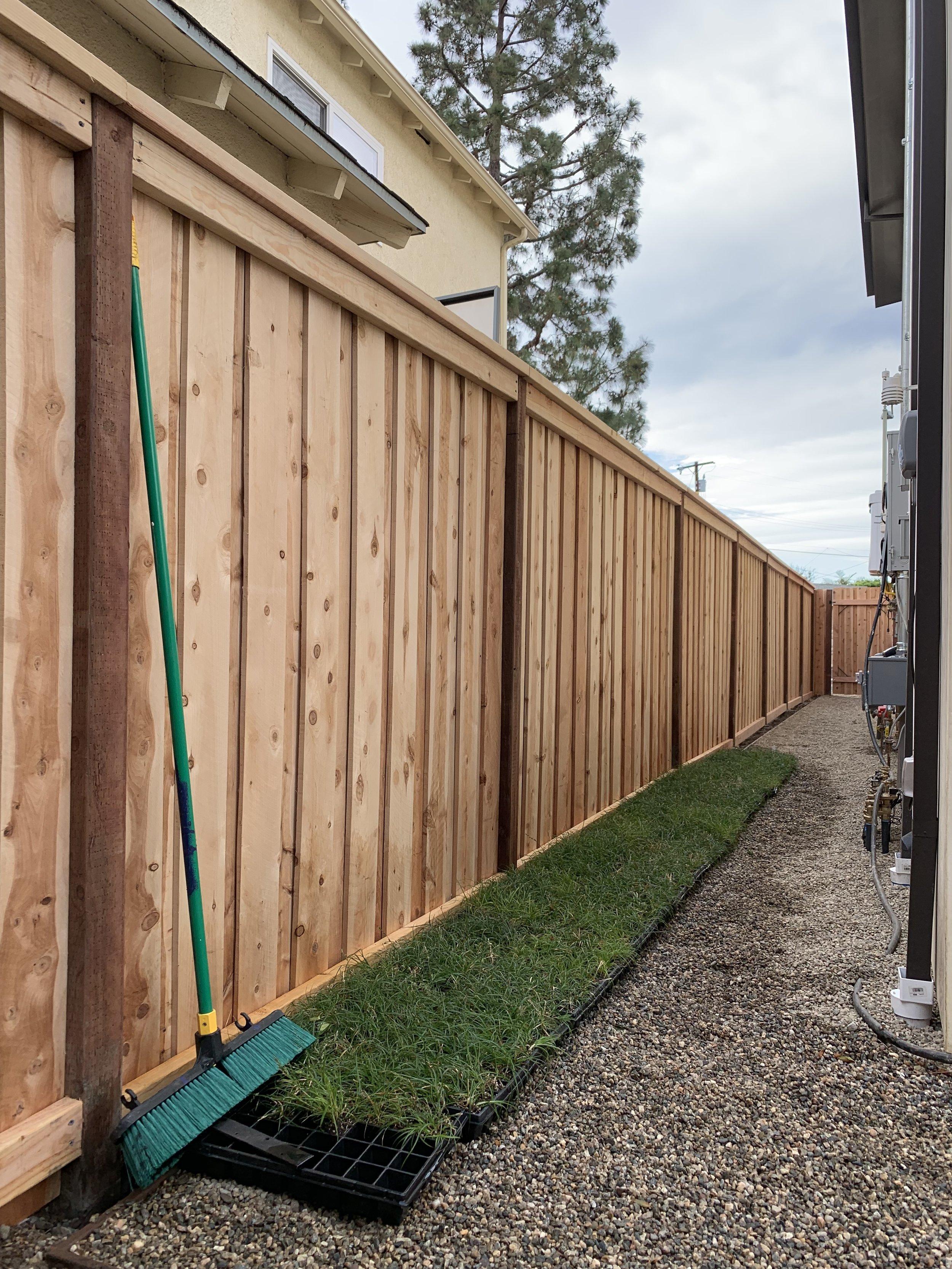 Los Angeles Fence Builders.jpeg