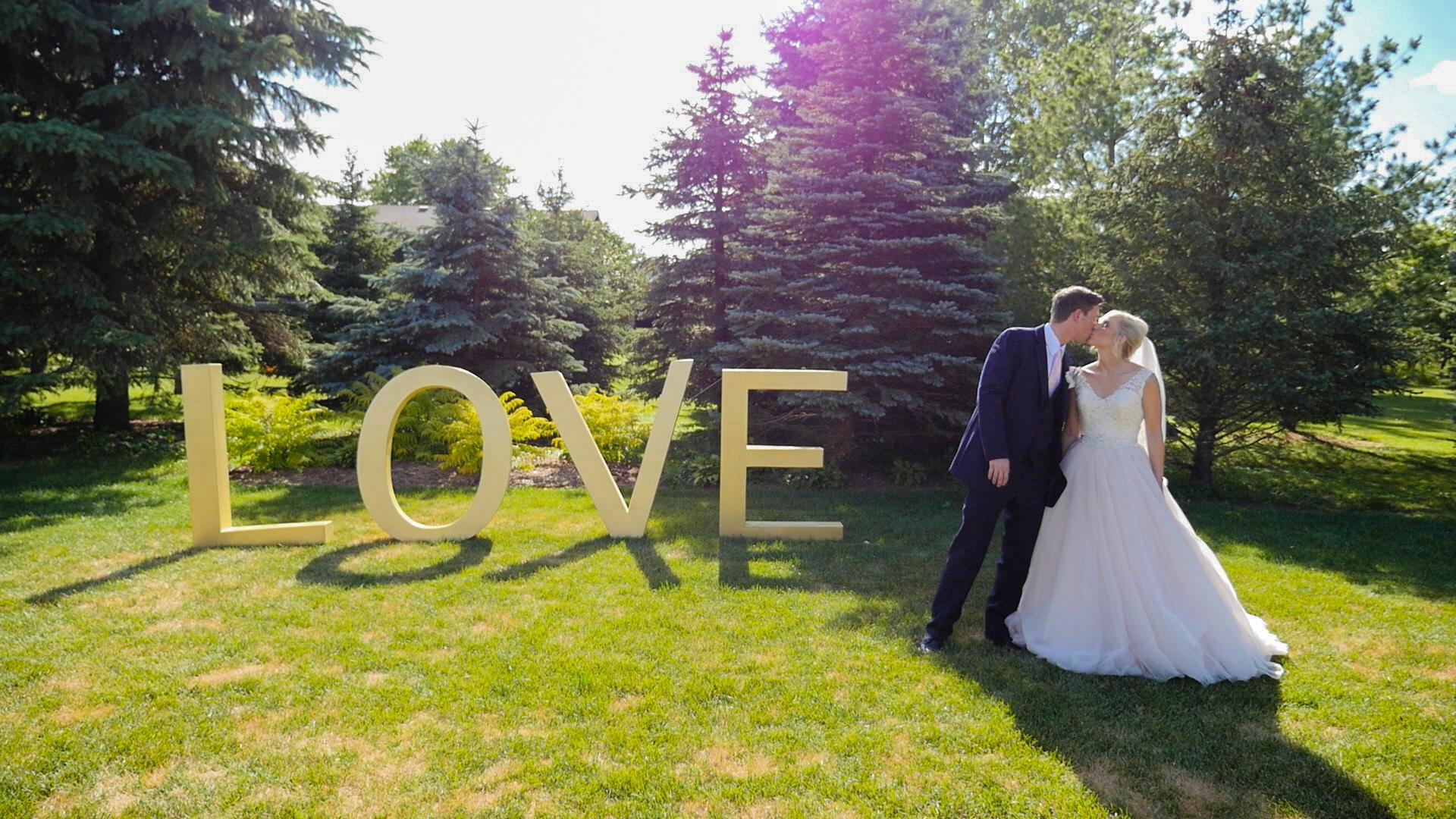 wedding-videography-lightning-composition.jpg