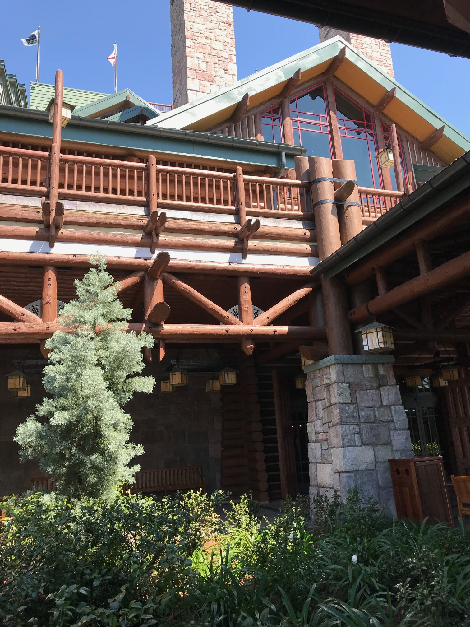 Disney's Wilderness Lodge Entrance