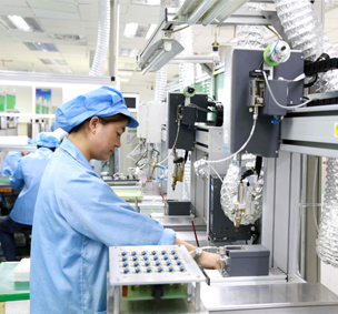 定制电缆、塑料注射成型、精密加工和电子制造服务的制造解决方案