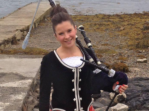 Helen Robertson, bagpiper for hire
