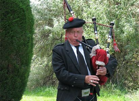 jack_anderson_bagpiper.png