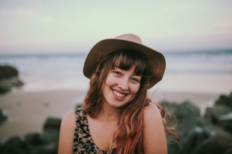 kiara rose, portland OR - Kiara, an Australian native now residing in Portland, Oregon, reminds us to find beauty in the everyday. Whether it's her lifestyle photographs around Portland, or her portraits of it's inhabitants- her style is as effortlessly beautiful as she is.