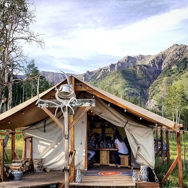 About last night. Dinner in a woodland yurt, accessed by horse drawn carriage overlooking the majesty of the Colorado Rockies. Pretty special.  #travel #telluride #patricksutton #explore #wander #discover #getoutside #naturesbeauty #thankful #beautiful #designlife #dinnerout #livinglifetothefullest #rusticchic #foodie #tellingstories #storiedinteriors #instaphoto #instapic #makingtheworldbeautiful