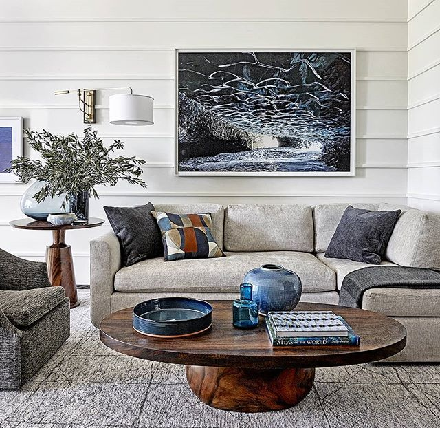 Thursday blues  #interiordesign #lounge #patricksutton #modern #interior #design #art #architecture #relax #cool #calm #serene #instaphoto #instapic #photo #tellingstories #storiedinteriors #makingtheworldbeautiful