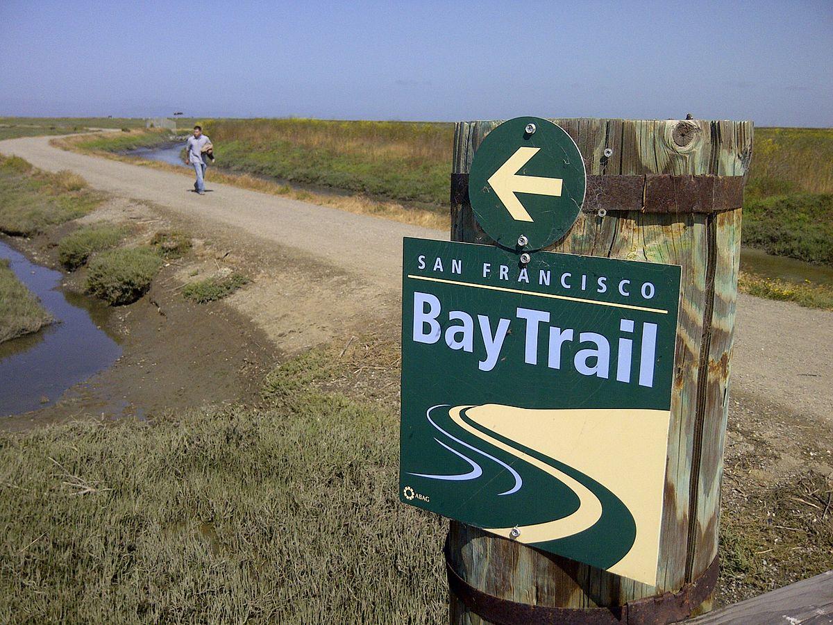 A segment of the Bay Trail along the Hayward shoreline. Photo: Wikipedia