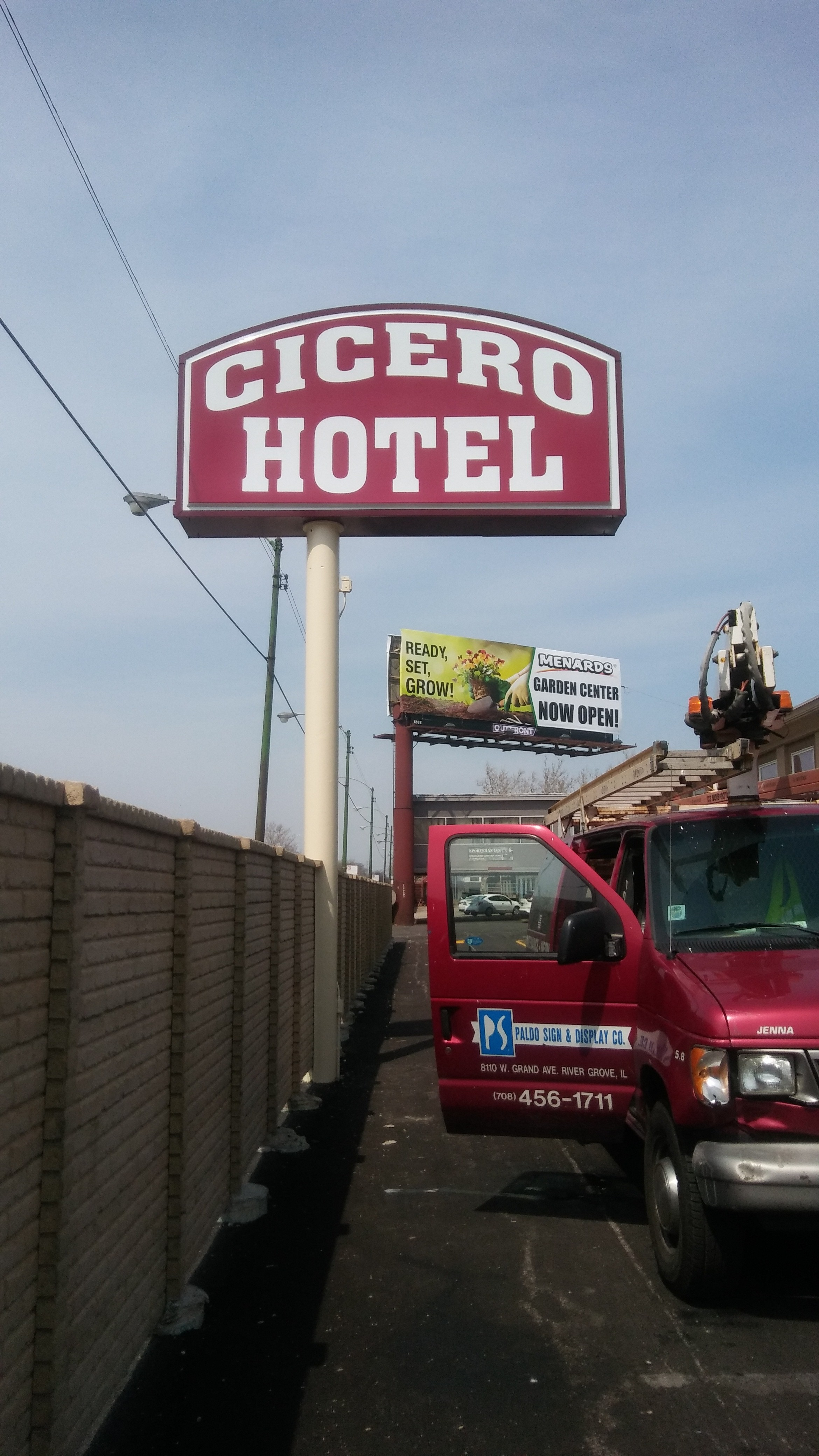cicero hotel 2.jpg