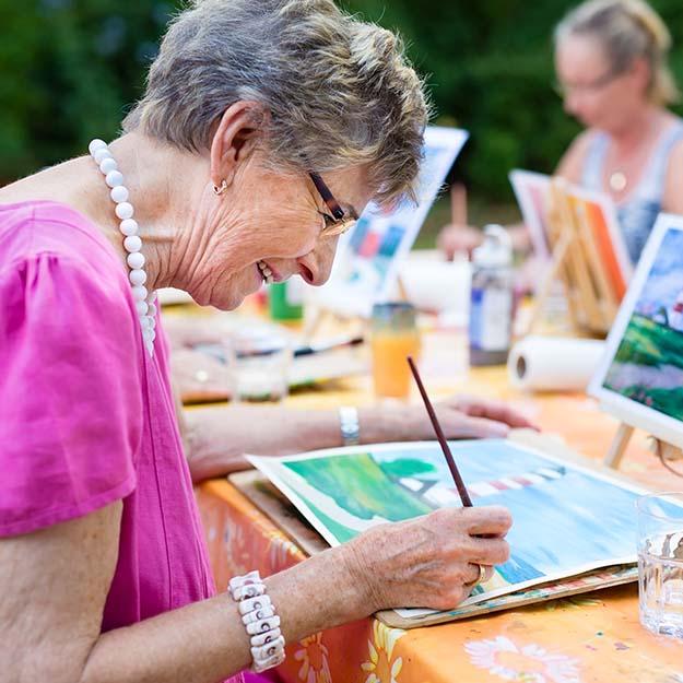 woman painting2.jpg