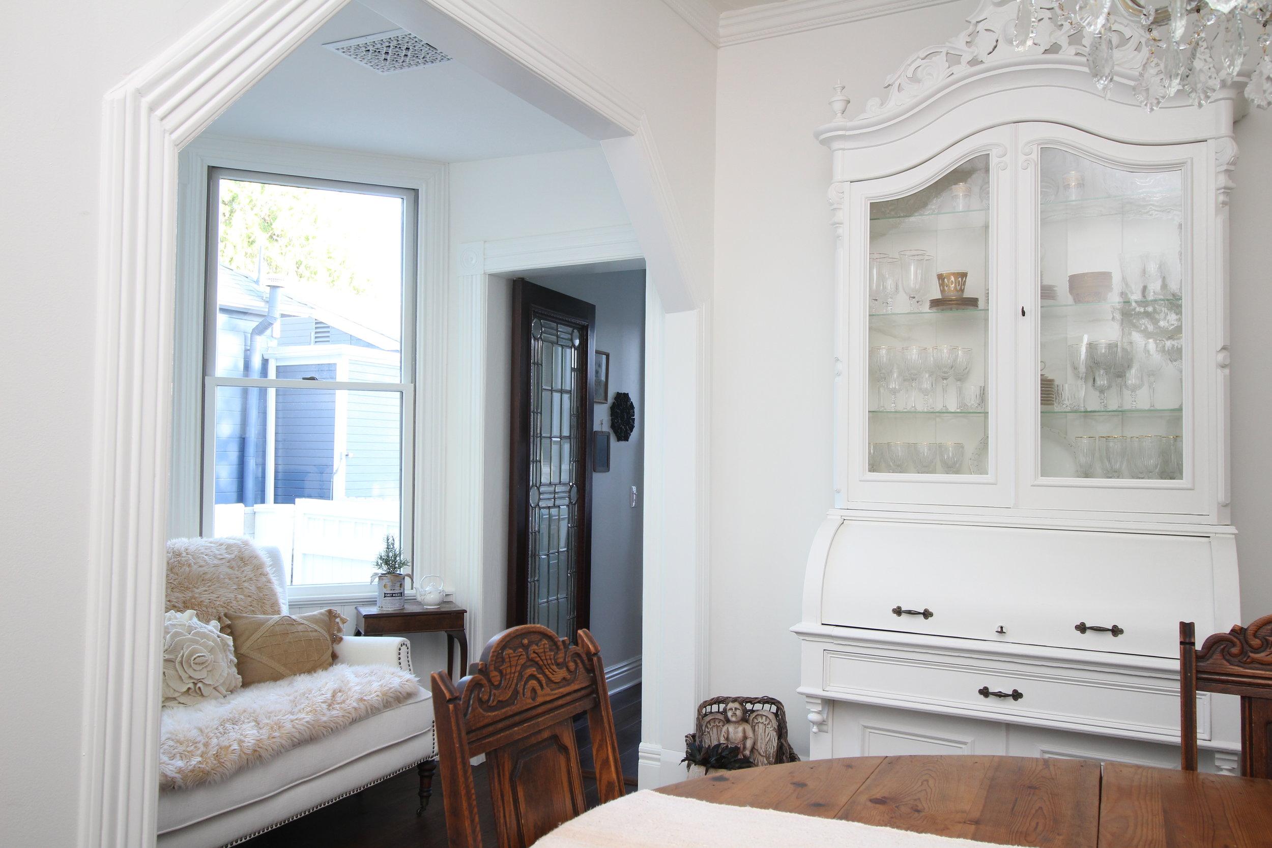 glam-farmhouse-dining-room-2.JPG