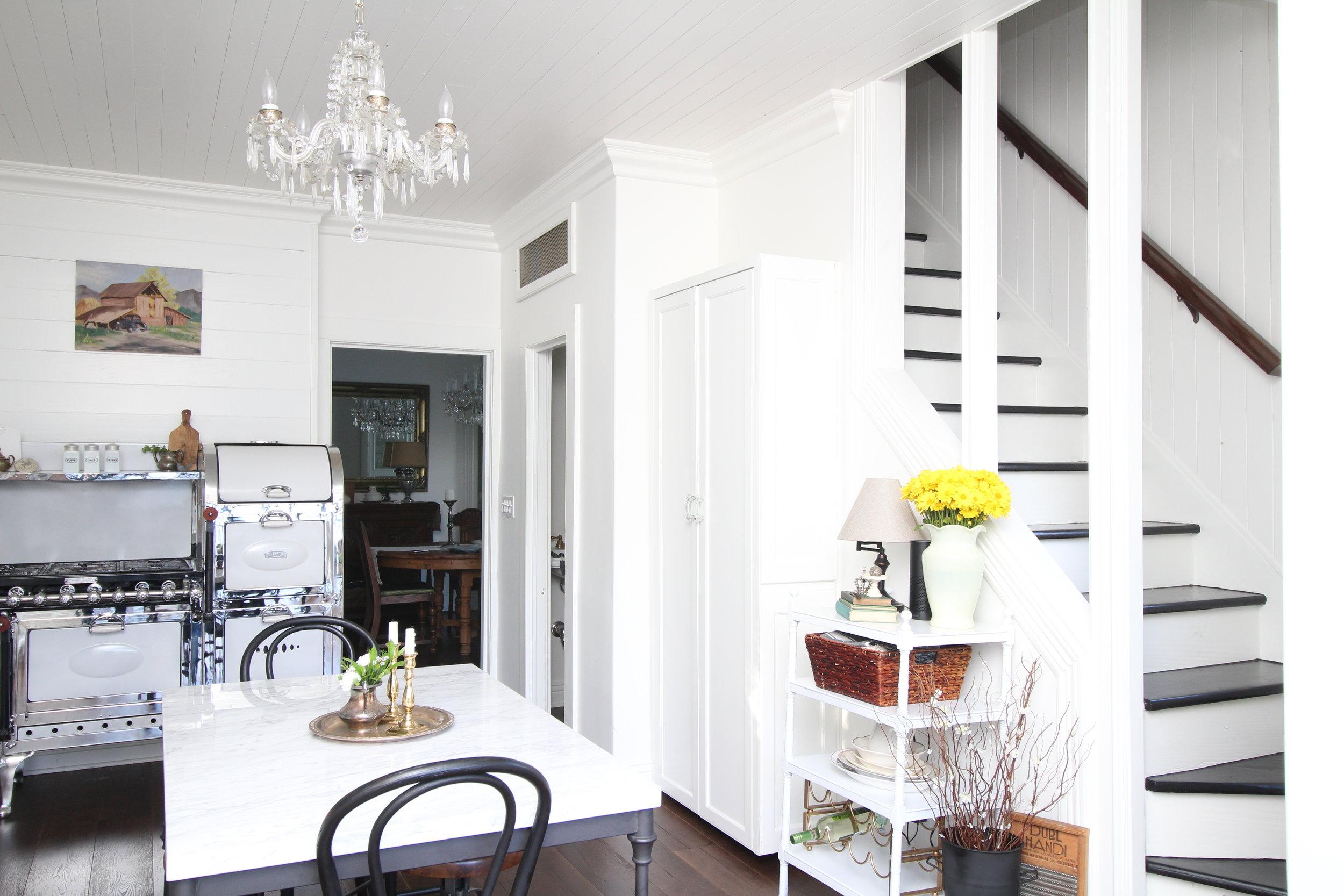 glam-farmhouse-kitchen-3.JPG