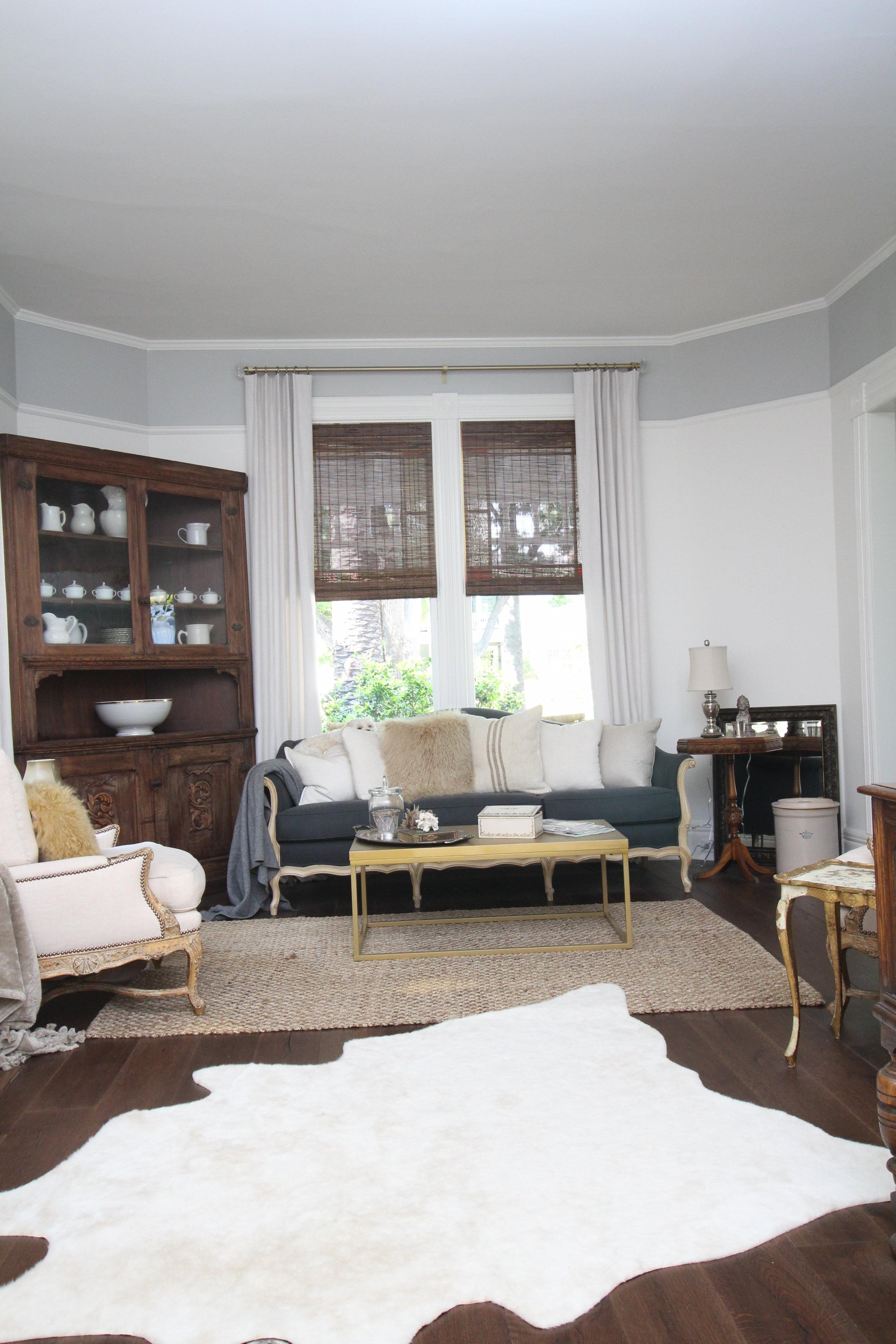 glam-farmhouse-living-room-1.JPG
