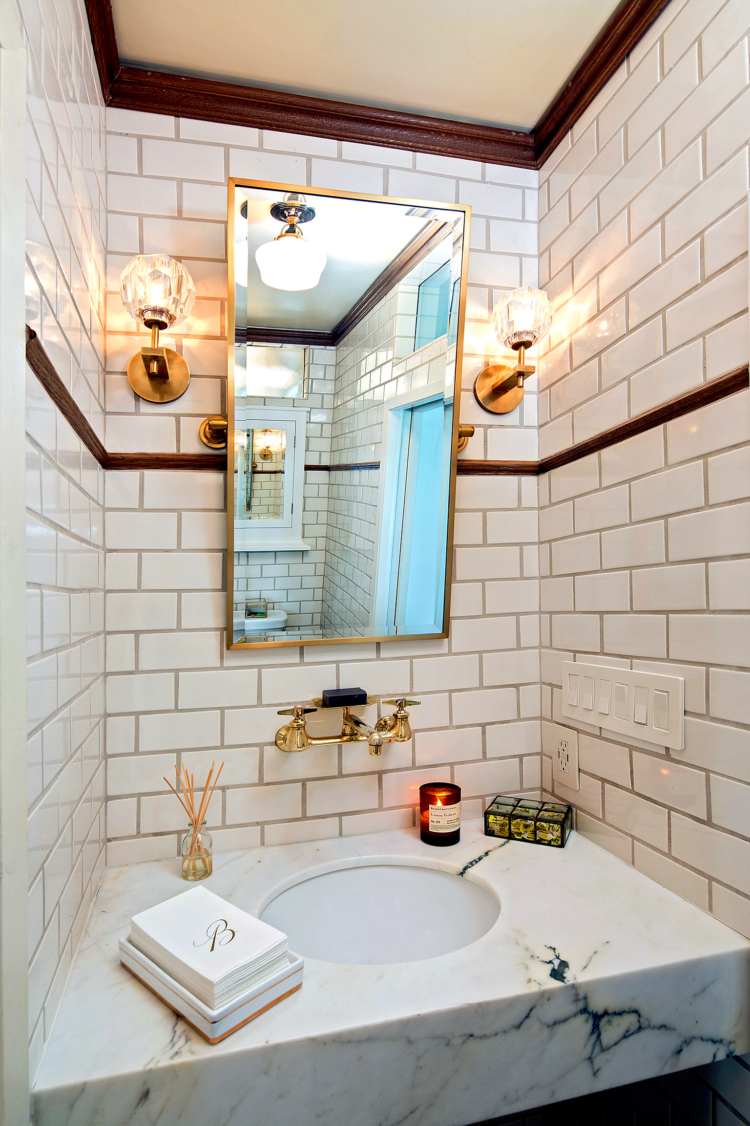 bathroom1c.jpg