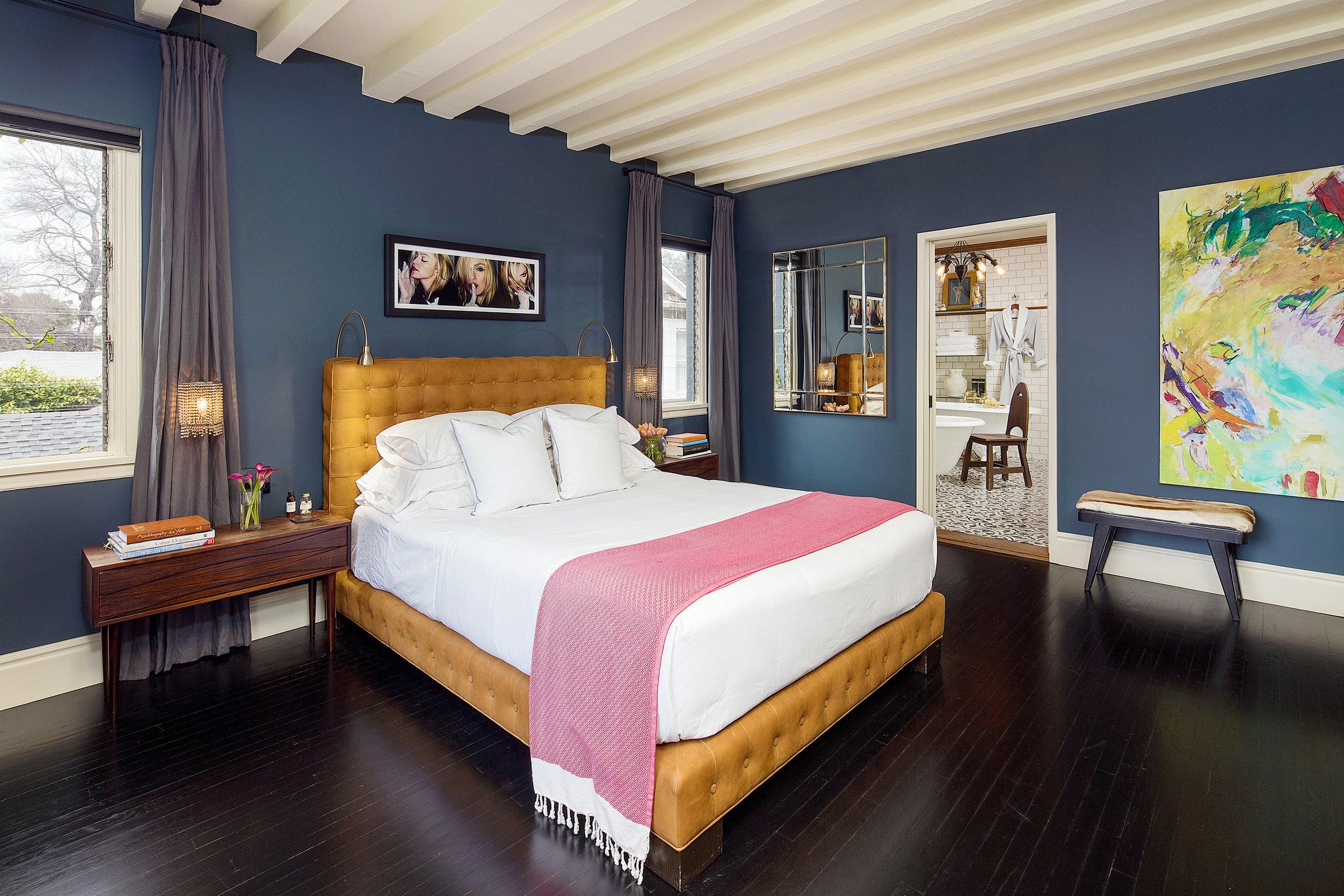 bedroom1a.jpg