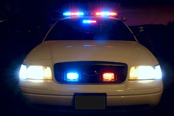 PoliceCarLights-600x400.jpg