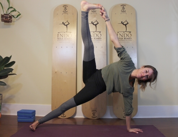 Strong Arms Yoga - 30 min sequence to strengthen those arms!