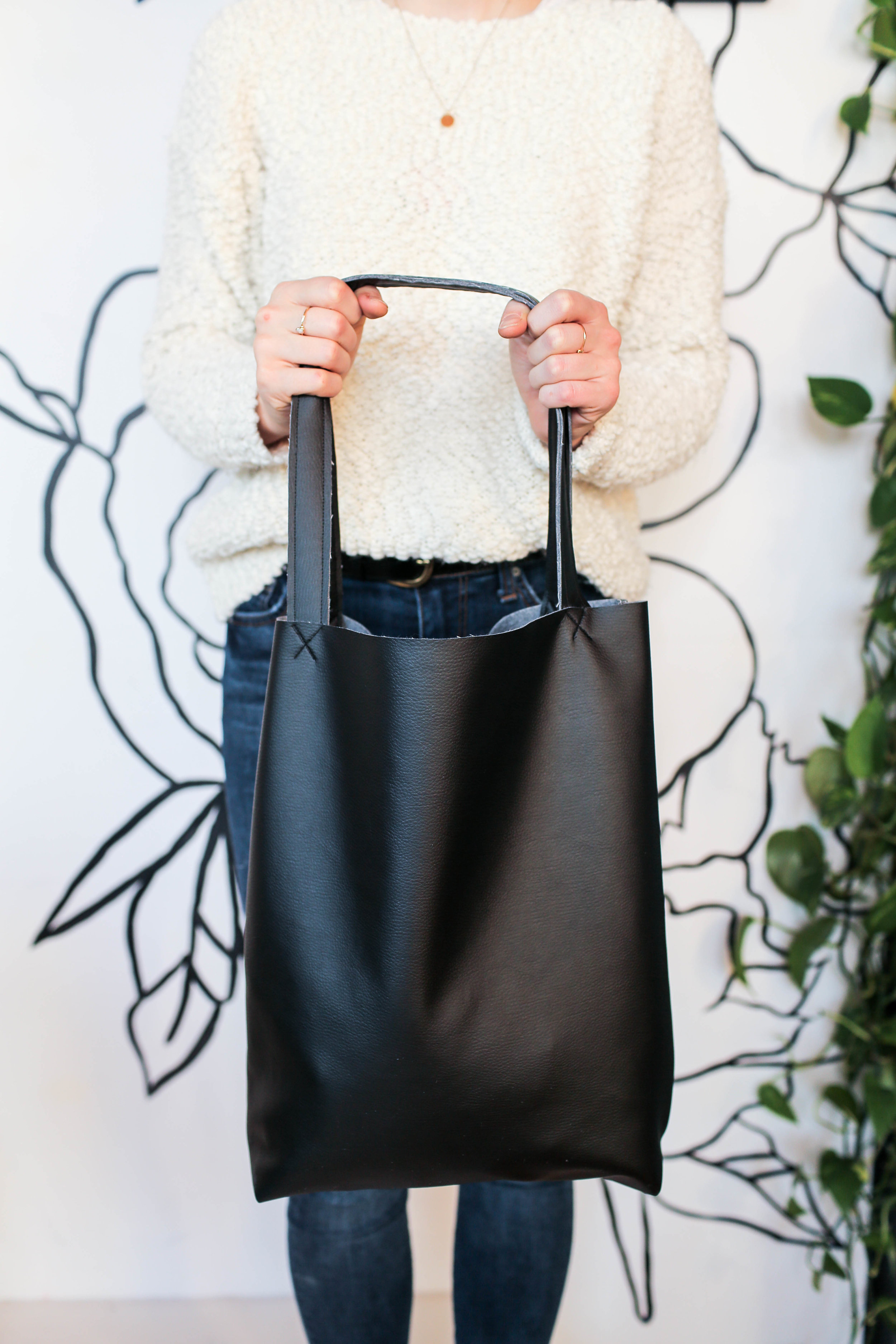 Diy Faux Leather Tote And Wallet The