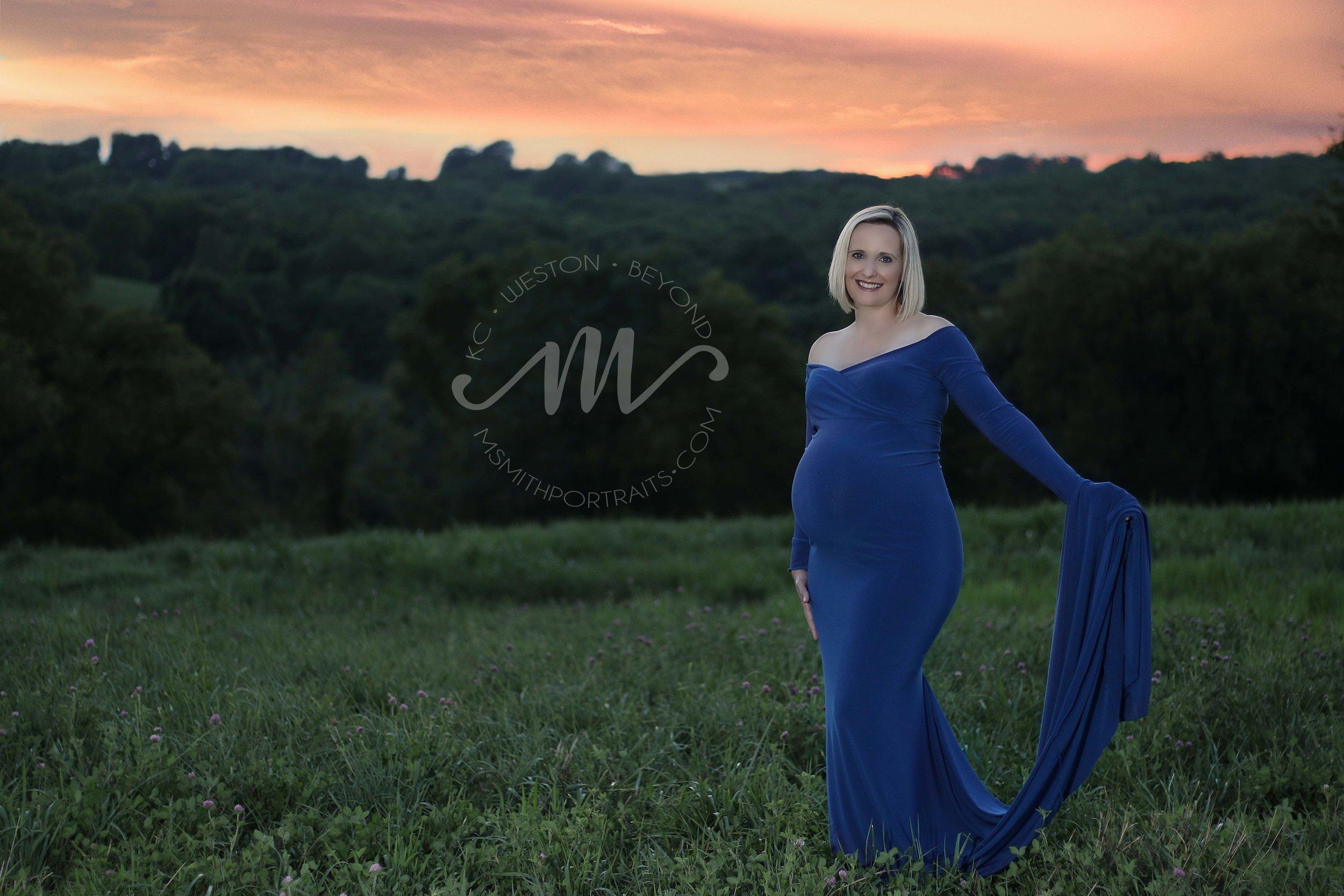 Maternity photo with sunset