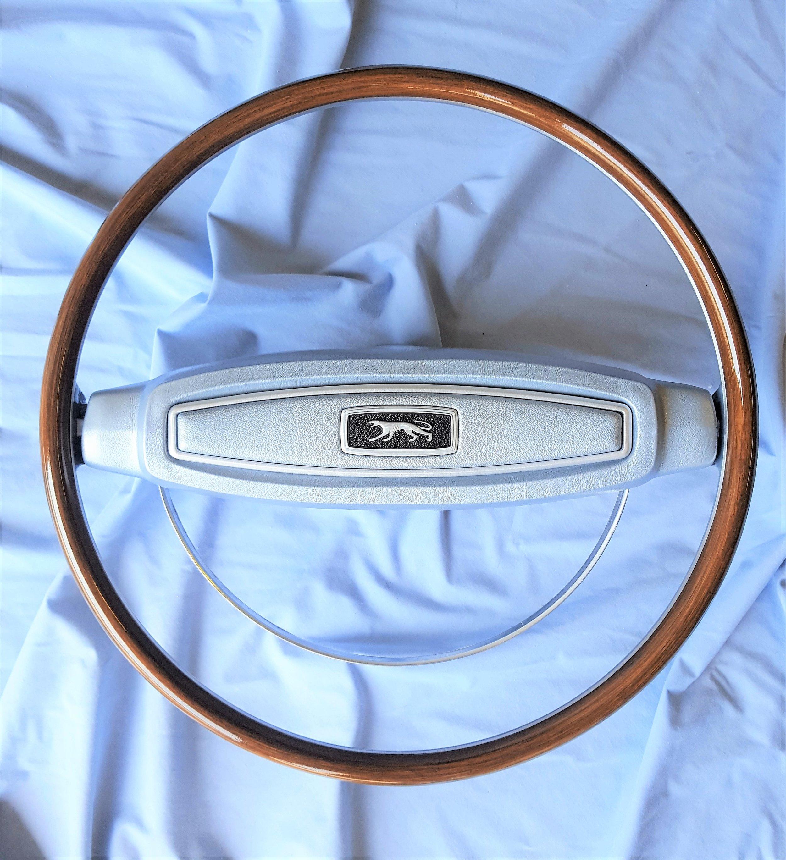 1968 Cougar deluxe steering wheel