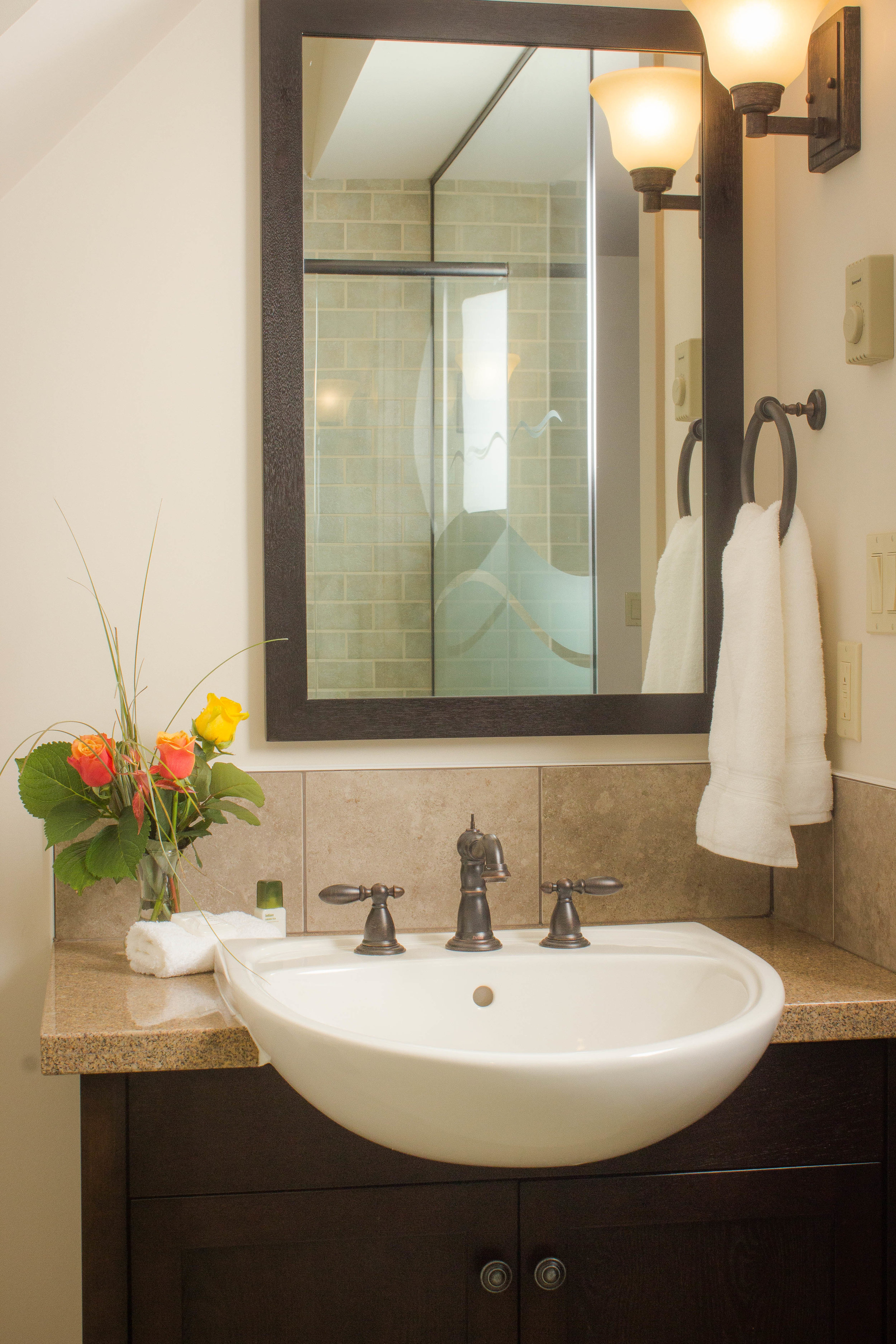 Under mount sinks with Delta faucets