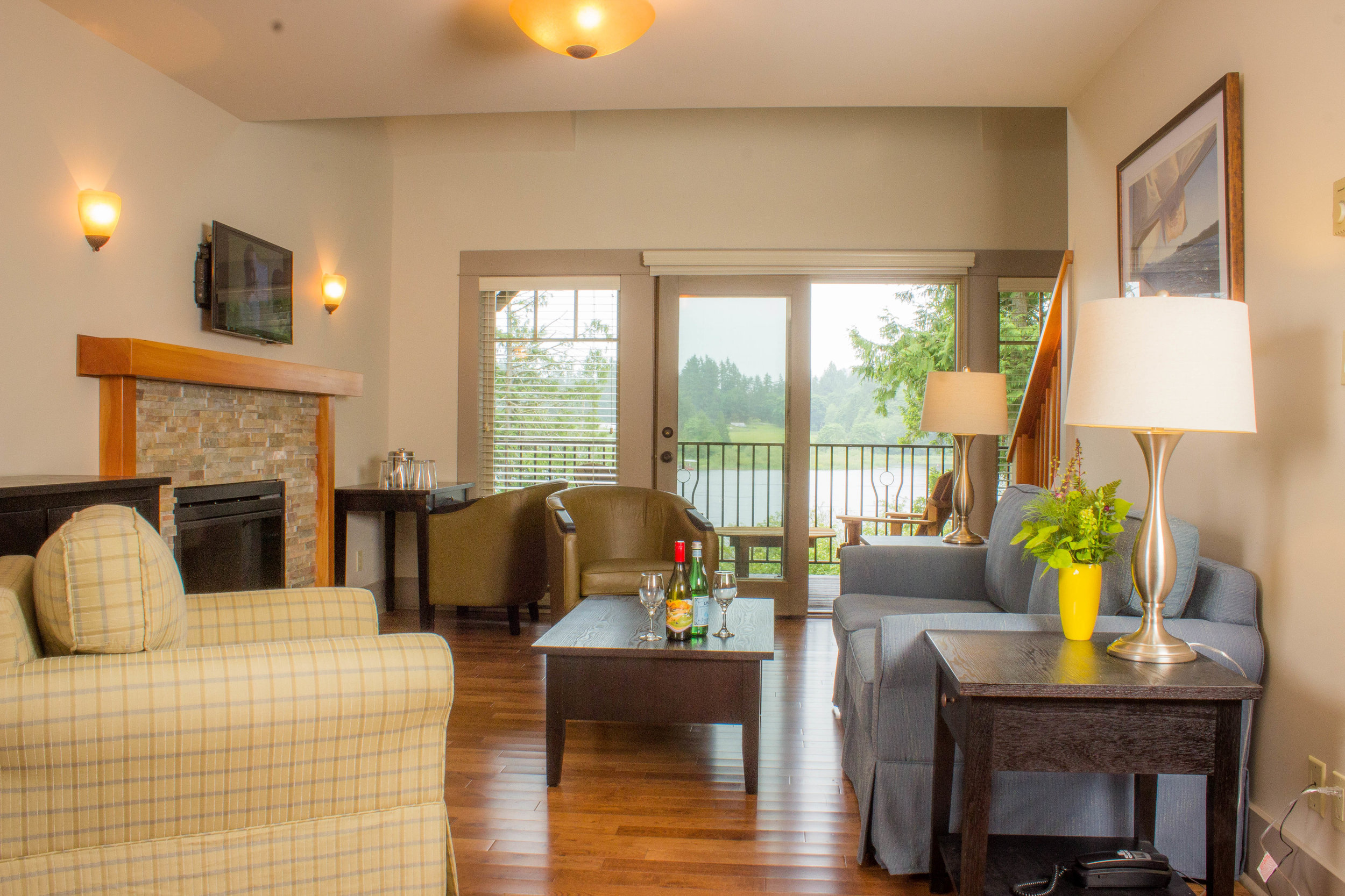 Cottages Features - Fully furnished and appointed interiors