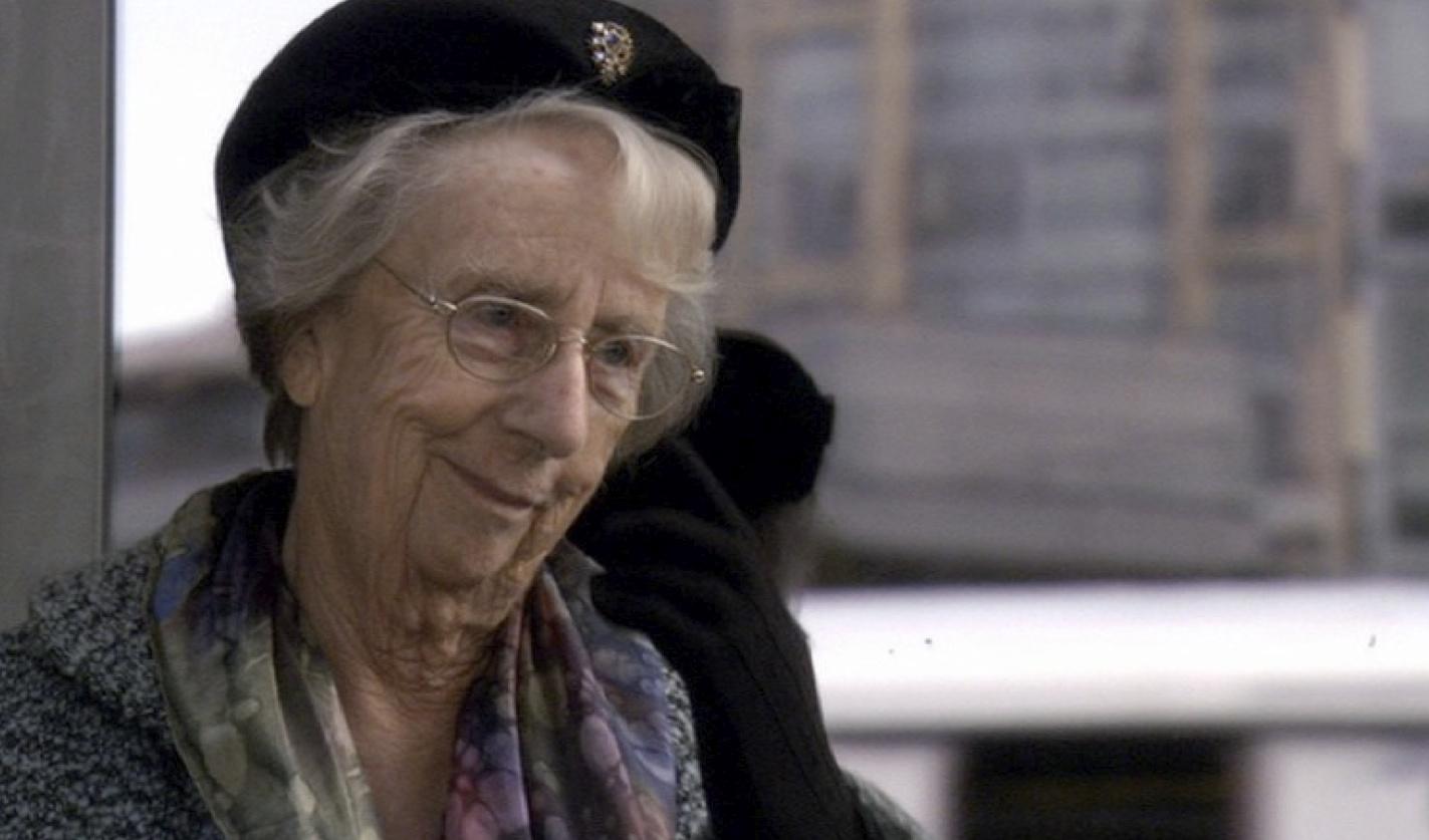110_Elderly_Lady.jpg