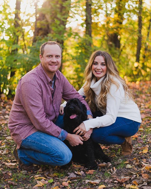 Fall is HERE! Loving the cooler weather that's finally made its way! 🍂🍁What do you think the odds are that my teenager will go to a pumpkin patch with me?? 🎃😎 . . . . . #quadcitiesphotographer #qcphotographer #bettendorfphotographer #bettendorfphotography #davenportphotographer #tagtheqc #familyphotography  #iowaphotographer #dogphotographer #petphotographer #iowapetphotographer #midwestpetphotographer #dogsofig #cockapoosofinstagram #dogsarefamily #quadcitiespetphotographer