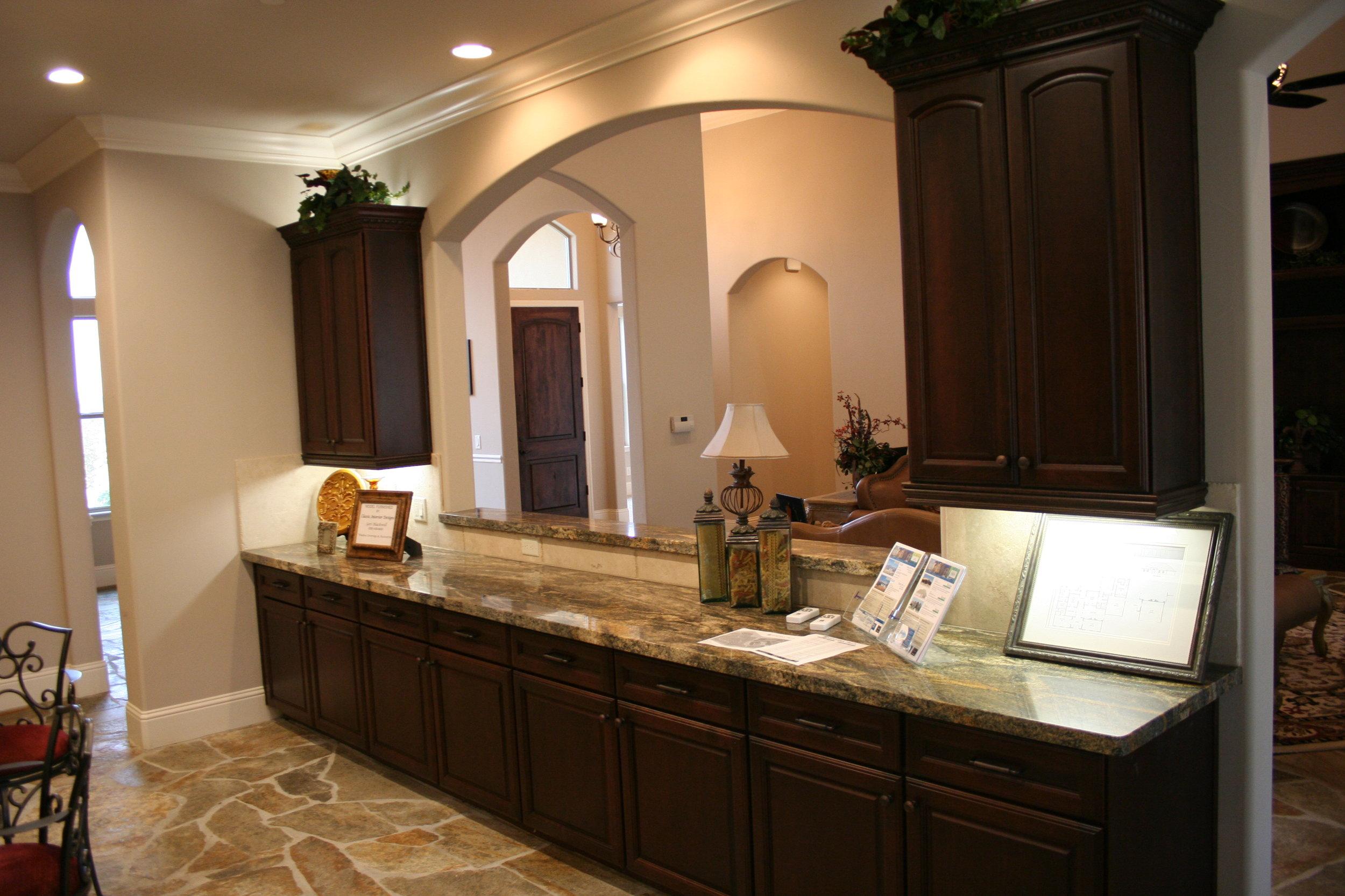 84-kitchen granite cabinets.JPG
