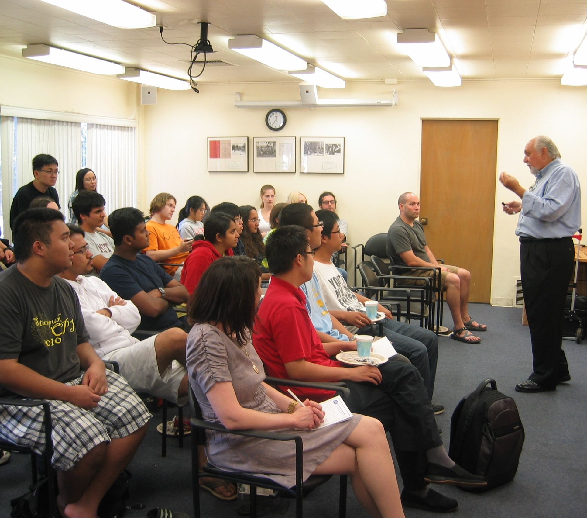 A lecture at Caltech on delivering an effective presentation.