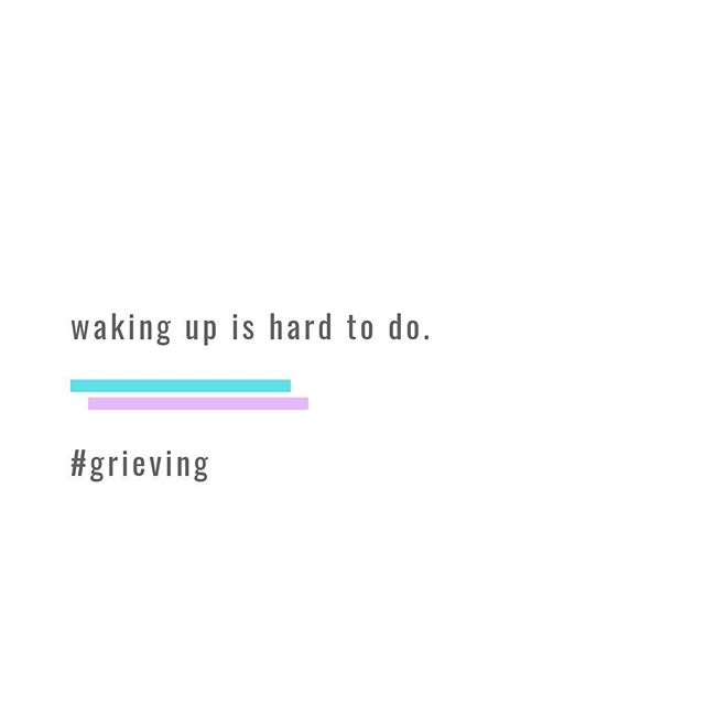 😴 Yo. It's hump day. Take it easy.⁣⠀ ⁣⠀ ⁣⠀ #grief #griefishardaf #griefsucks #griefquotes #alicaforneret #deadmomsclub #humpday